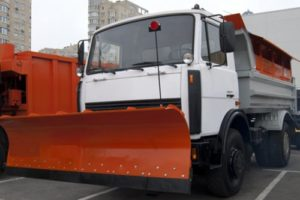 Машина дорожная комбинированная на шасси МАЗ-5550С3 (4×2)