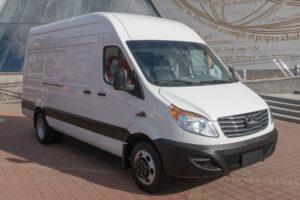 Микроавтобус грузовой цельнометаллический МАЗ 365022