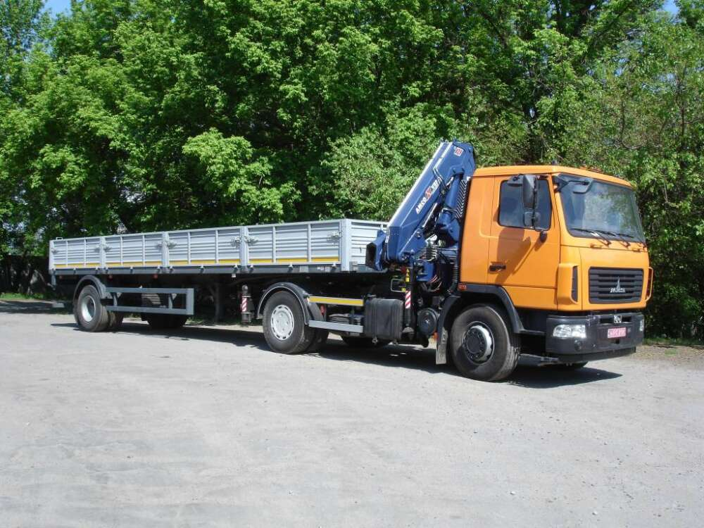 Седельный тягач МАЗ-5340C2 с КМУ Amco Veba 817 3S